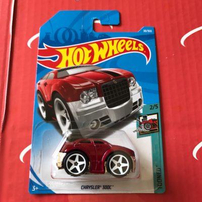 Chrysler 300C #30 Red 2018 Hot Wheels Case B