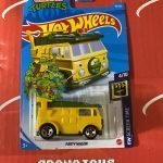 Party Wagon #39 TMNT 4/10 Screen Time 2021 Hot Wheels Case B