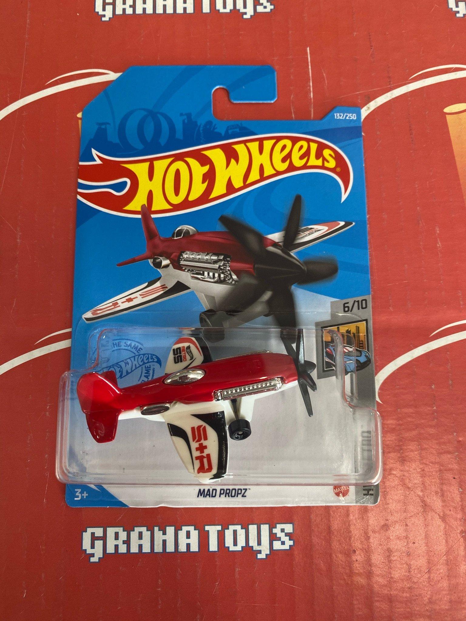 red//White DieCast Hotwheels Mad Propz 132//250 HW Metro 6//10