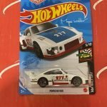 Porsche 935 #58 Magnus Walker 5/10 Race Day 2021 Hot Wheels Case H