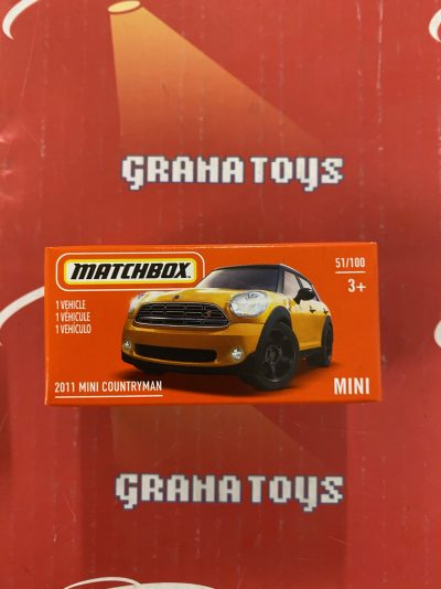 2011 Mini Countryman 51/100 2021 Matchbox Power Grabs Case U