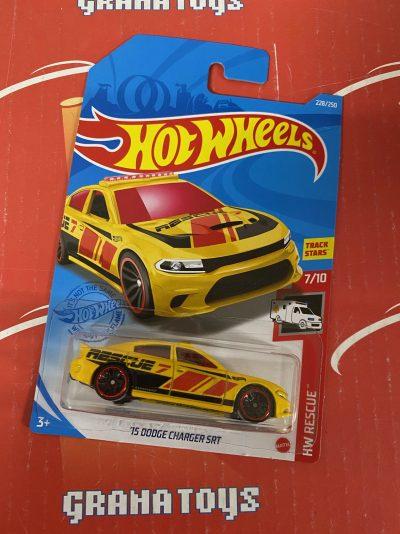 15 Dodge Charger SRT #228 7/10 Rescue 2021 Hot Wheels Case N