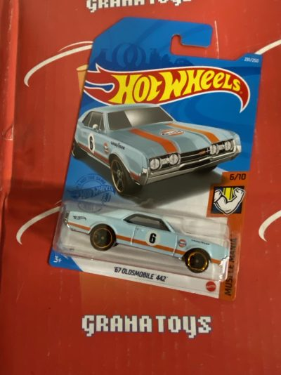 67 Oldsmobile 442 #231 Gulf 6/10 Muscle Mania 2021 Hot Wheels Case N