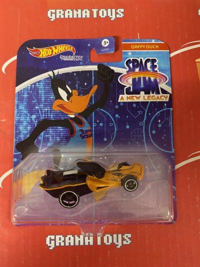 Daffy Duck 2021 Hot Wheels Space Jam Studio Character Cars Mix K