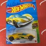 Crescendo #234 Yellow 7/10 Exotics 2021 Hot Wheels Case P